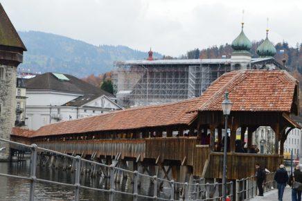 Simbolul Lucernei- podul de lemn Kappel
