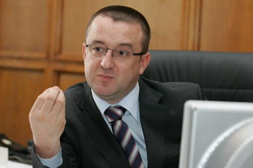 """Onorabilul"" domn Sorin Blejnar, preşedintele ANAF"