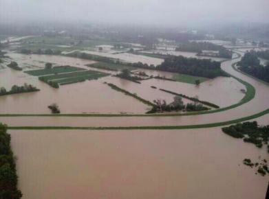 FLOODED SERBIA NEEDS OUR HELP 8