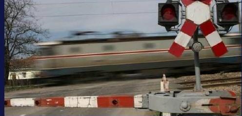 accident, tren, cale ferata, trecere nivel