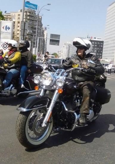 motocicleta-t-festival-parada-untrr-386x550
