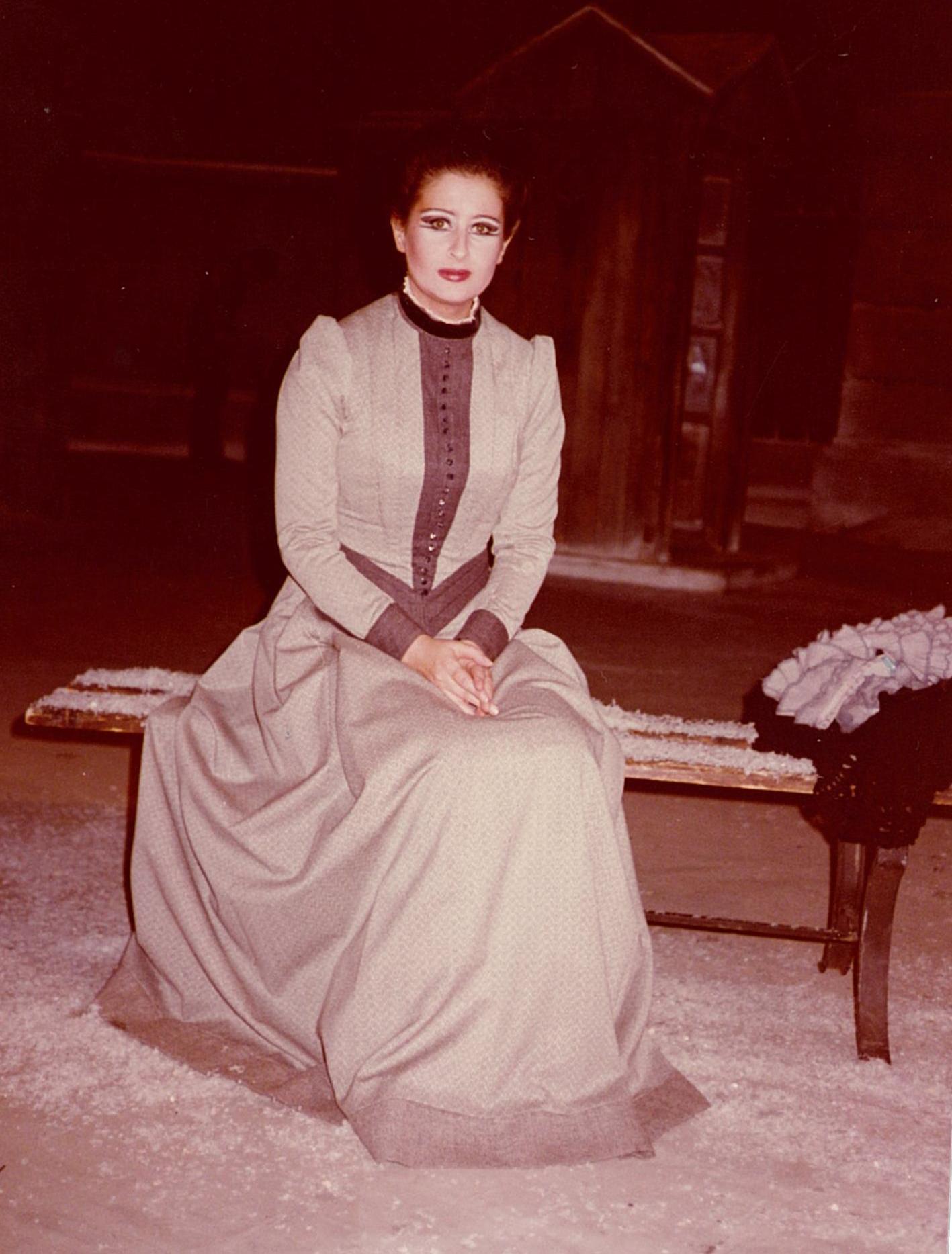 Mariana Nicolesco - Mimì în La Bohème de Puccini. Lyric Opera, Chicago