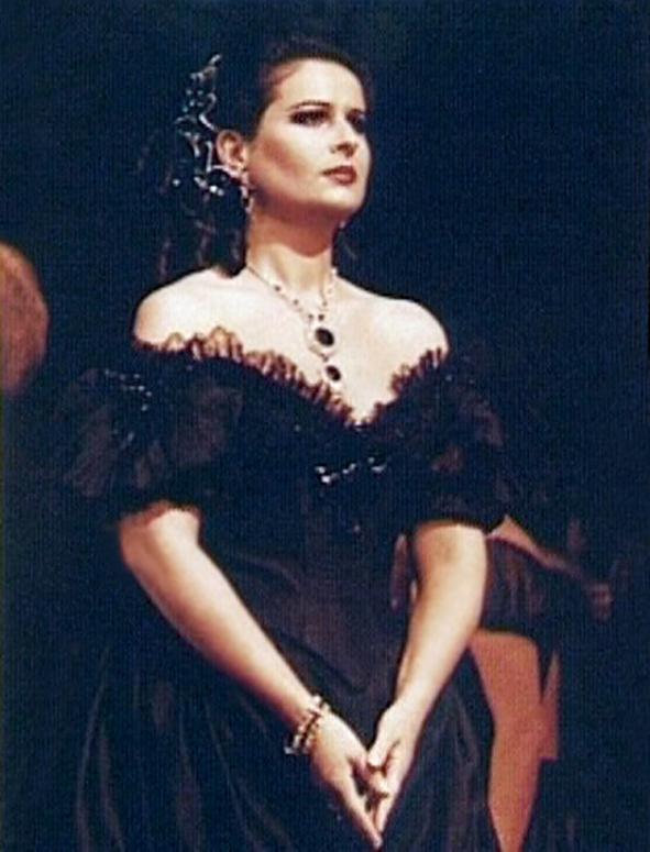 Violetta Valéry în La Traviata de Verdi. Metropolitan Opera, New York