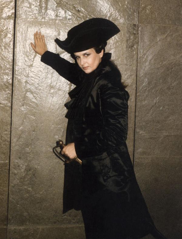 Generalul Cinna din Lucio Silla de Mozart,singurul rol în travesti interpretat de Mariana Nicolesco