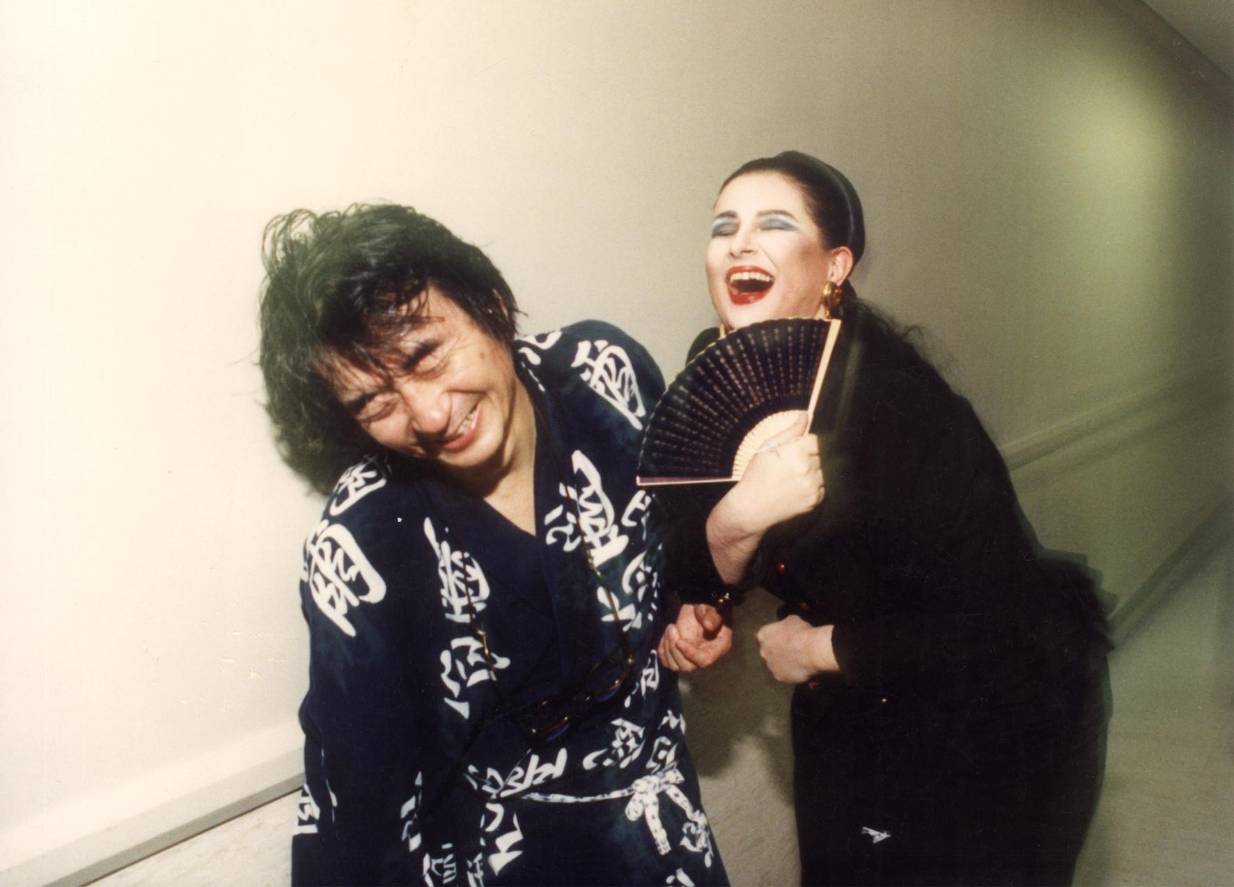 Din nou în Japonia: cu Maestrul Seiji Ozawa, în entuziasmul generatde triumful primei prezentări în Țara Soarelui Răsare a operei Idomeneo de Mozart