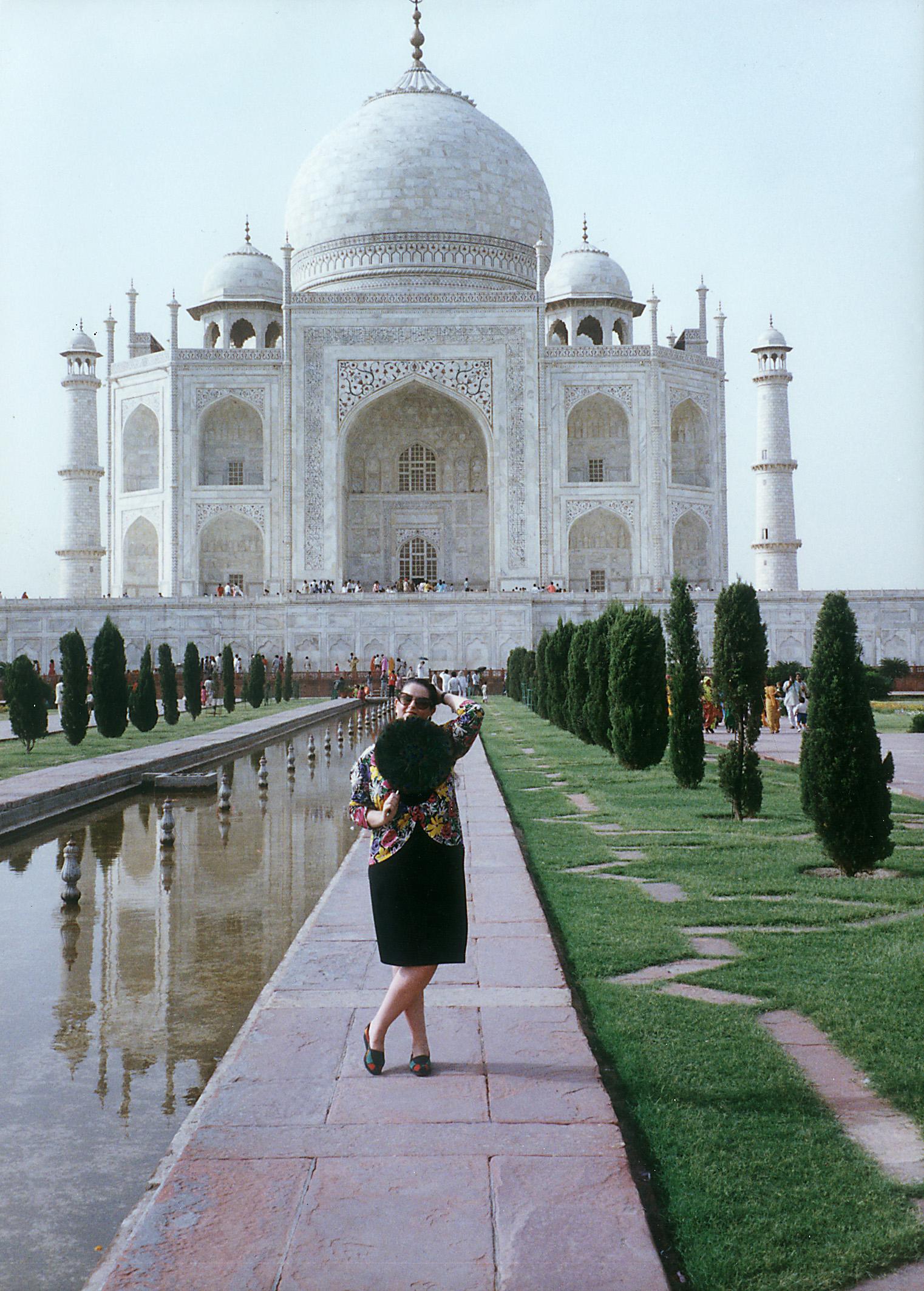 În faţa sublimului Taj Mahal
