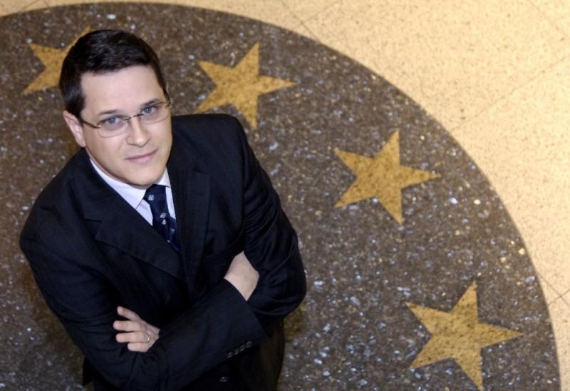 Eduard Hellvig la SRI