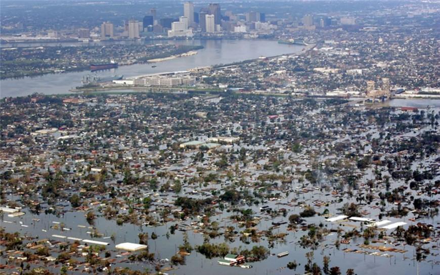 1 uraganul Katrina