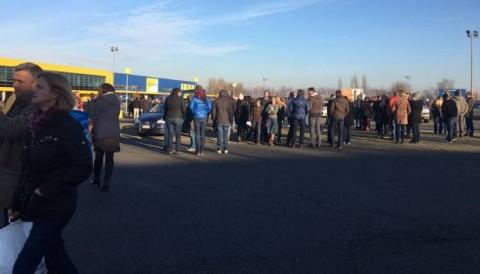 Angajatii si clientii IKEA au fost evacuati